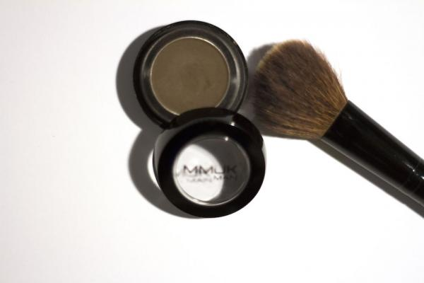 GUEST POST: Building A Makeup Routine From Scratch
